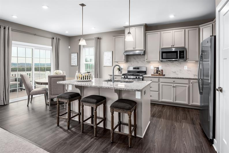 Luxurious & Functional Kitchens