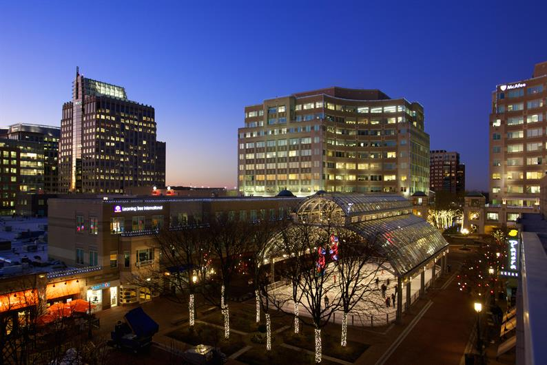 Nearby to Reston Town Center
