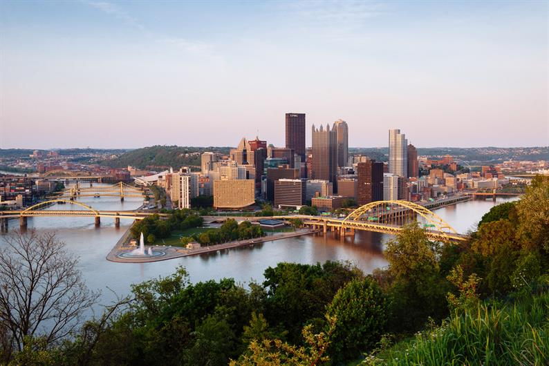 Grove Pointe is less than 7 miles to Downtown Pittsburgh