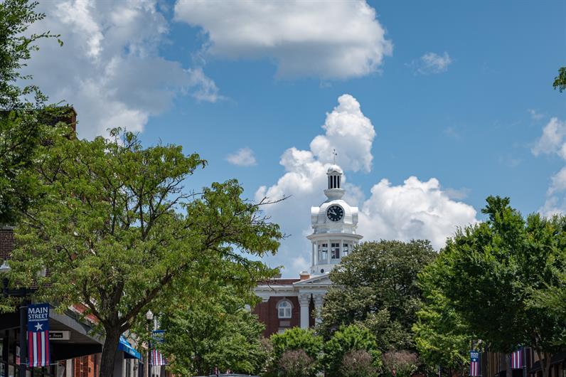 Explore the Charm of Downtown Murfreesboro