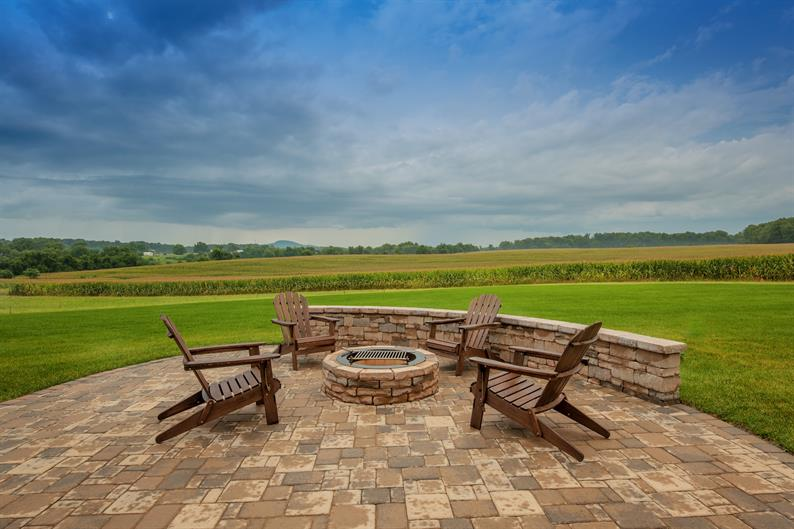 LARGE HOMESITES ALLOW FOR indoor/Outdoor Living Space