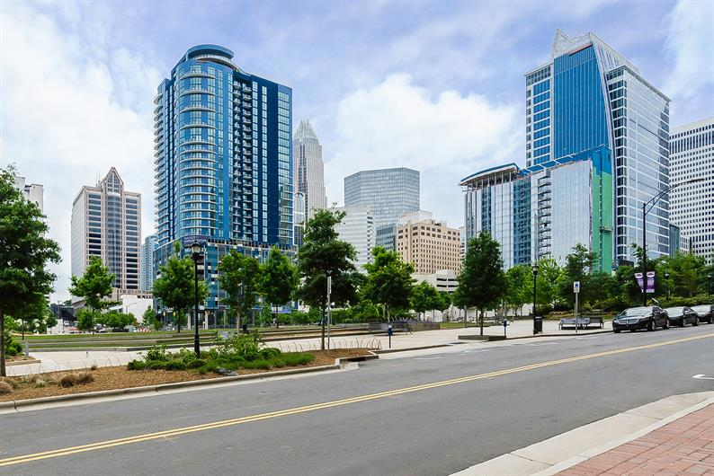 Easy Drive to Uptown Charlotte for Work or Play