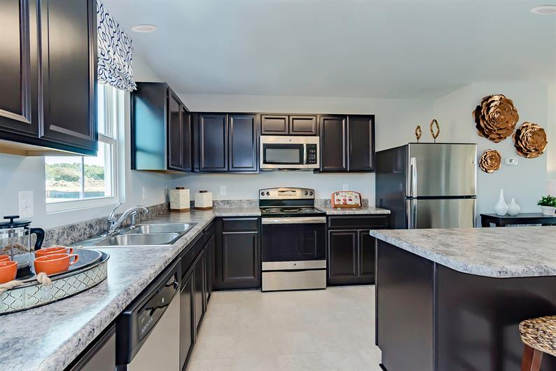 ALL KITCHEN APPLIANCES INCLUDED MEANS NO EXTRA COSTS FOR YOU