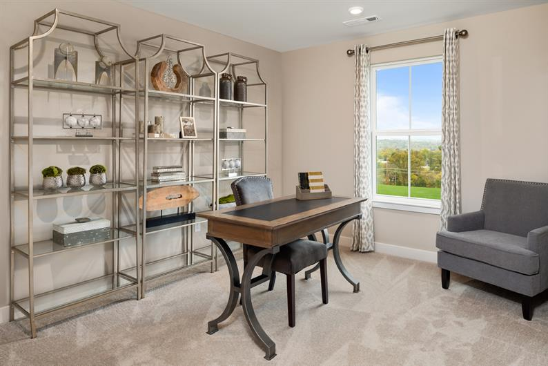 PLENTY OF SPACE FOR AN OFFICE AND GUESTS
