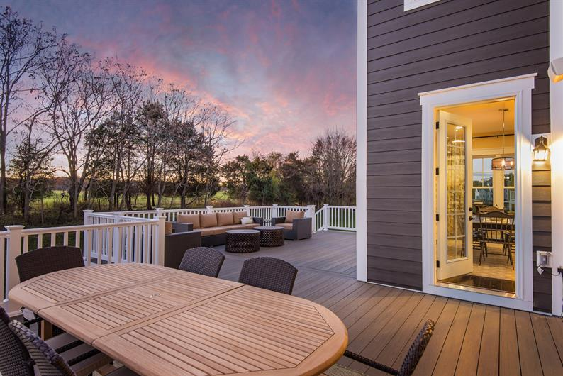 Personalize Your Outdoor Oasis