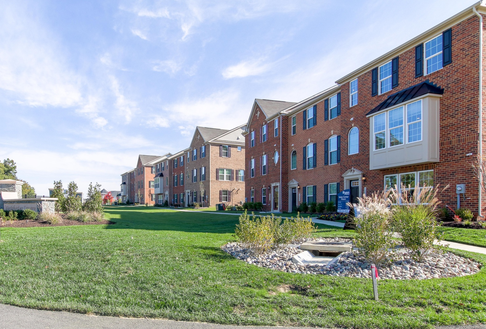 New mcpherson townhome model for sale at westchester for Waldorf home