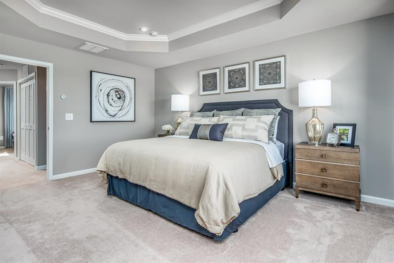 Large owner's suite with en-suite and a roomy closet