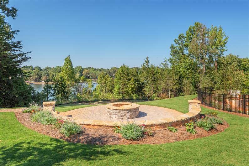 Lakeside Community Firepit & Gazebo
