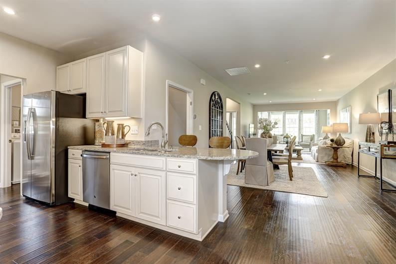 Expansive Kitchens with Plenty of Cabinet and Counter Space