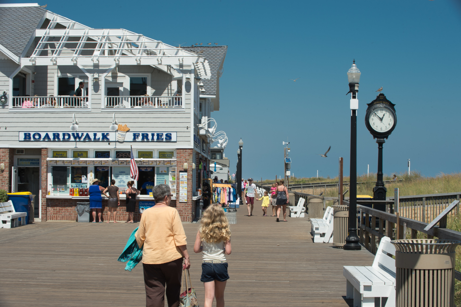 Take a stroll along the boardwalk and relax in the sunshine - at Seagrove you're located just minutes from Bethany Beach.