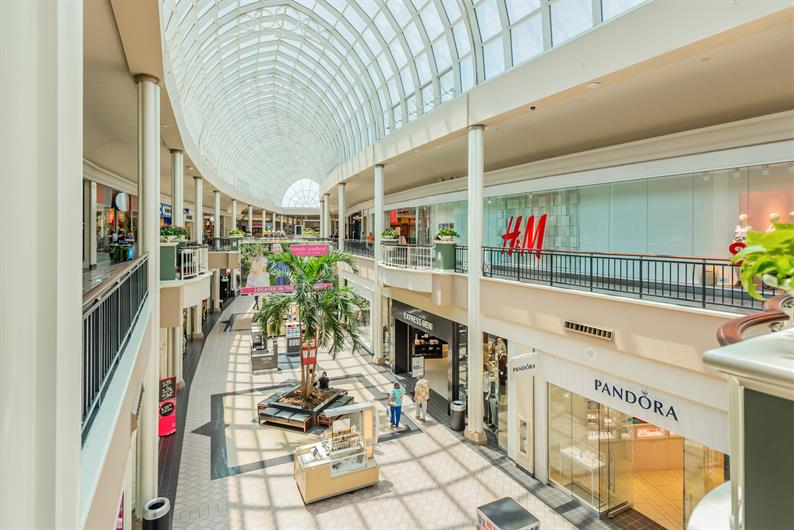 Retail and Dining Options Just 2.5 Miles Away at Carolina Place