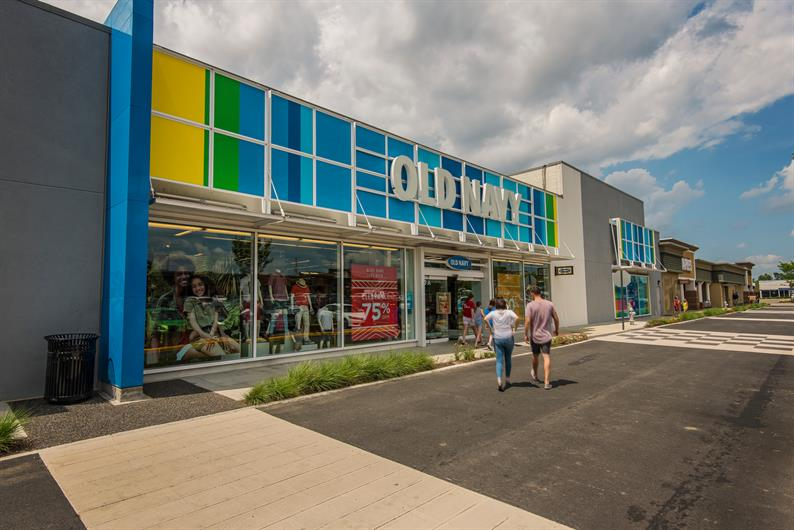 Enjoy convenience to nearby shopping at Cherrydale Pointe