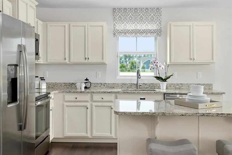 OVERSIZED KITCHEN ISLANDS PERFECT FOR HOME CHEFS