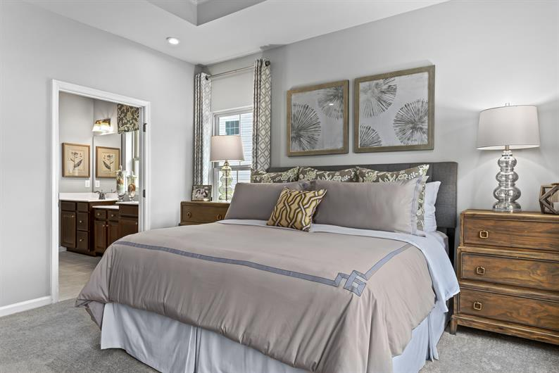 MUST HAVE #6 – LUXURIOUS MASTER BEDROOM