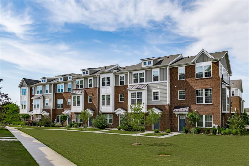 NEW 3 bedroom TOWNHOME IN a Premier ORLAND PARK location