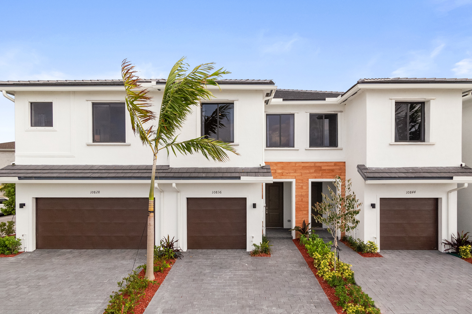 Terrific New Homes For Sale At The Landings Townhomes In Miami Fl Home Interior And Landscaping Elinuenasavecom