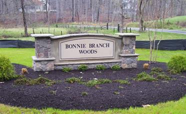 Bonnie Branch Entry Sign