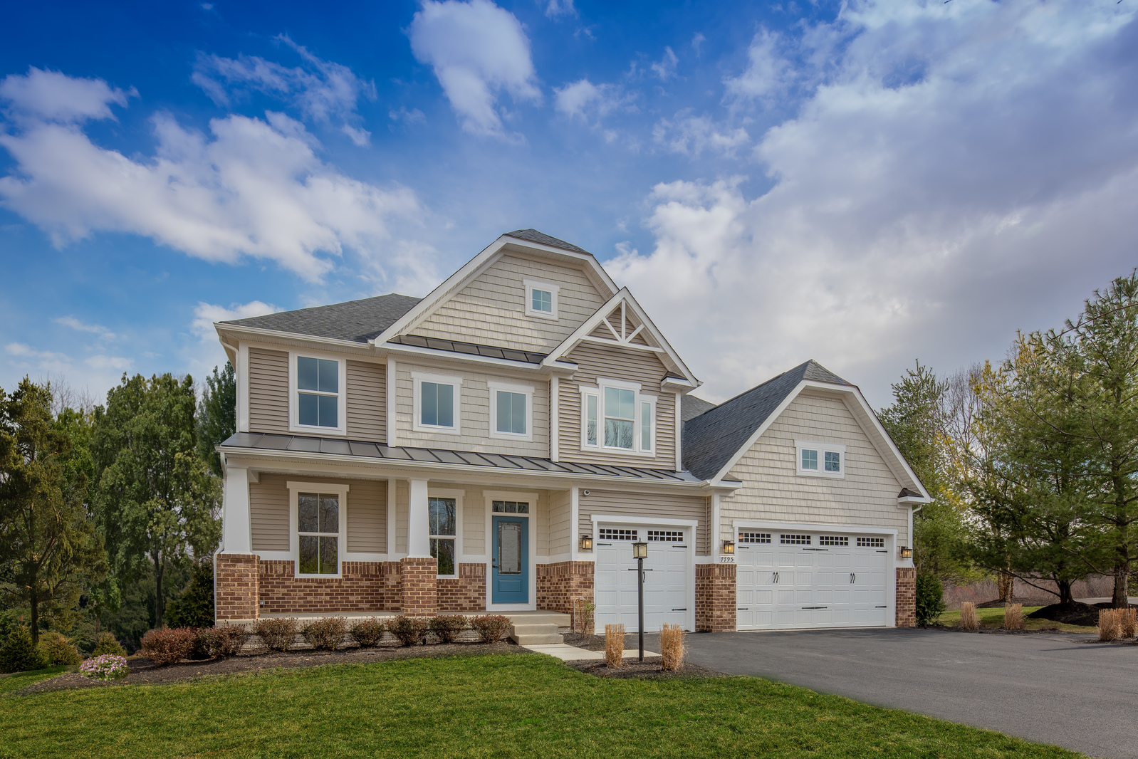 Single Family Homes In A Unique Wooded Community With Ious Homesites And Amenities