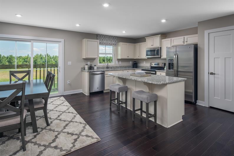A beautiful kitchen & a social floor plan!