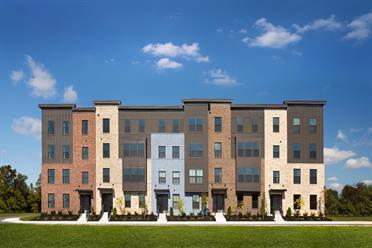 Paddock Pointe Townhome Condos