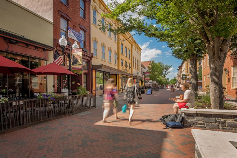 WALKABLE TO THE TOWN OF STEPHENS CITY