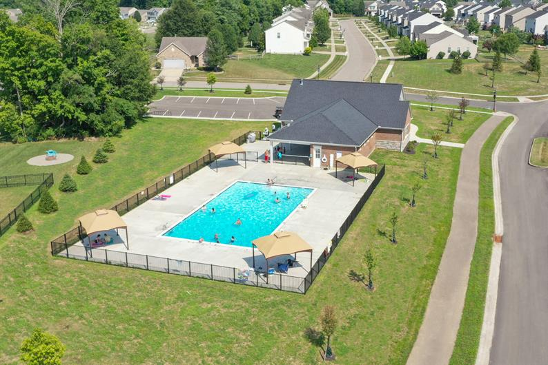 Enjoy the community pool & clubhouse