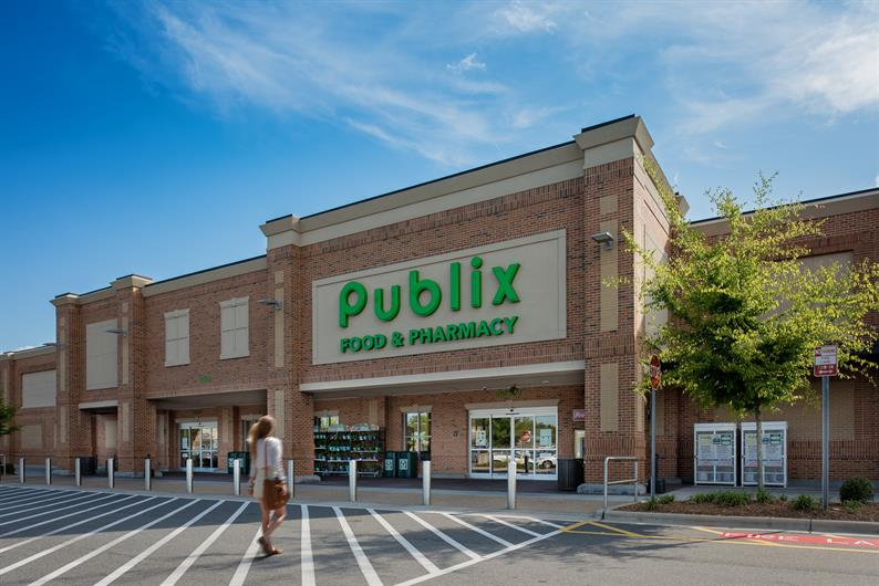 Publix and Harris Teeter are Just 2.5 Miles Away