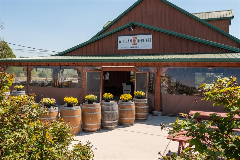 Two wineries within 15 minutes