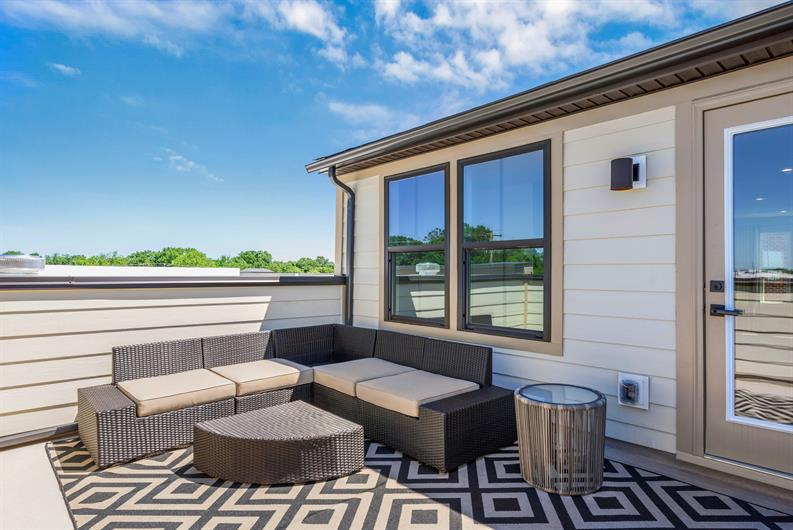 ENTERTAIN ON YOUR ROOFTOP TERRACE