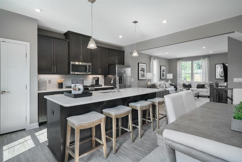 LARGE OPEN KITCHEN WITH LARGE ISLAND