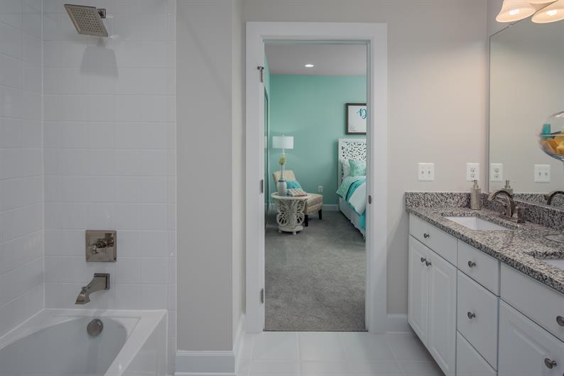 En Suite Baths for Every Bedroom
