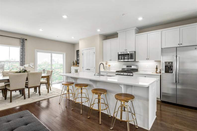 Enjoy the designer kitchen you've been dreaming of!