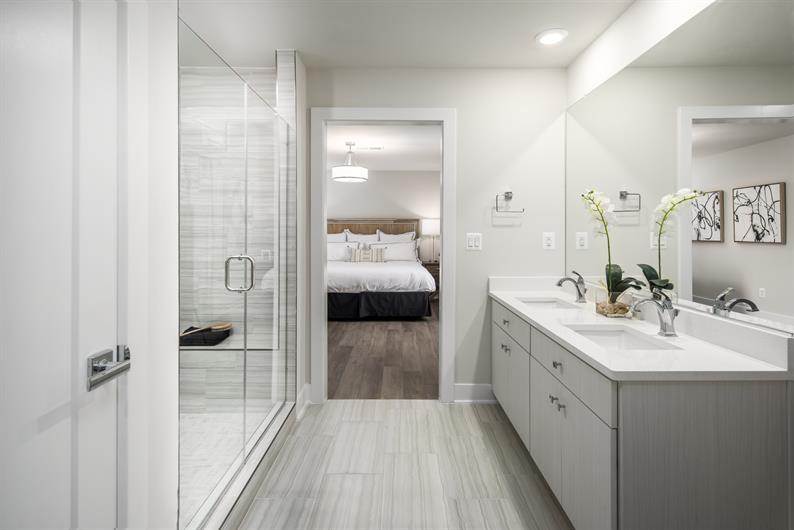 Hotel-Like Spa Bath