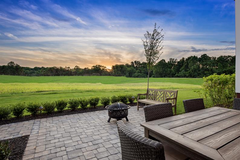 Homesites up to half an acre in size!