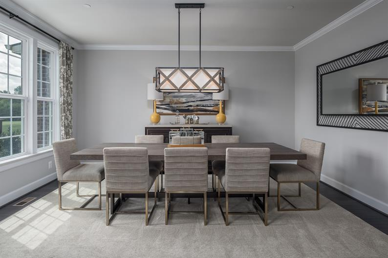 Formal and Informal Dining Options