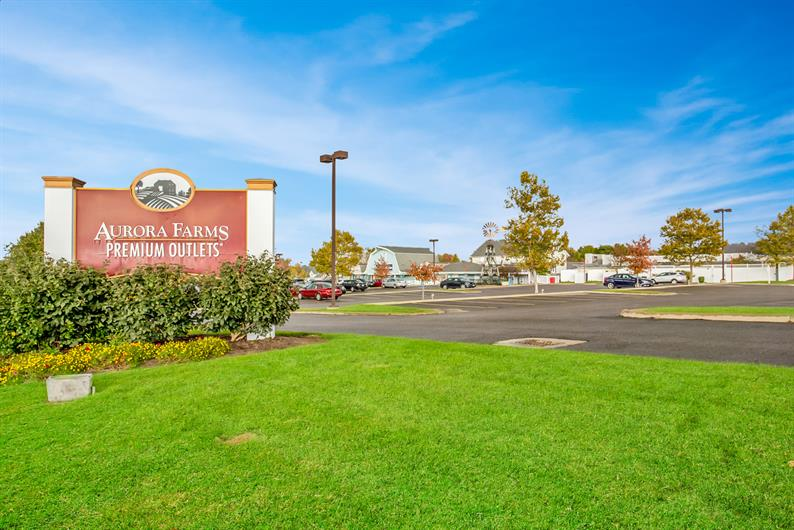 FASTER COMMUTES WITH I-80 and I-480 NEARBY AND SHOPPING JUST MINUTES FROM HOME