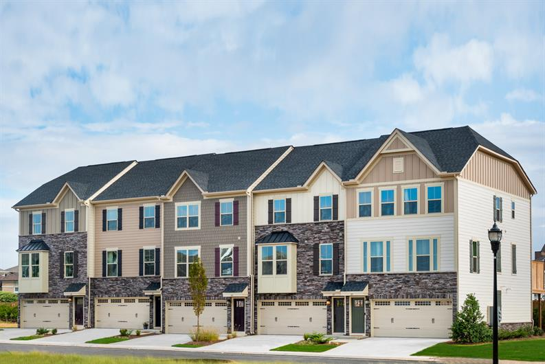 Own a new townhome in a convenient Greenville location!