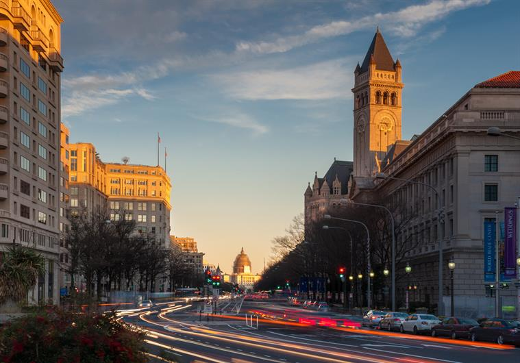ENJOY A NIGHT OUT IN THE HEART OF DC