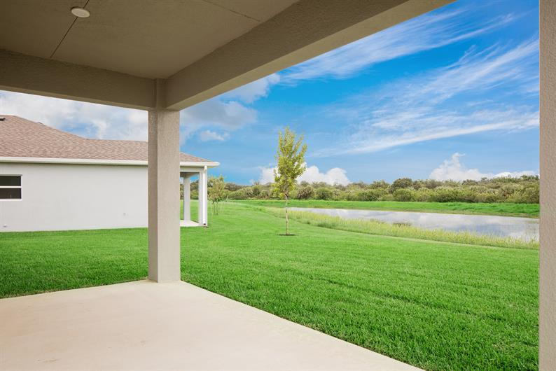 EVERY BACKYARD IS PICTURE PERFECT AT CARRIAGE POINTE