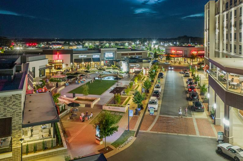 Shopping and Dining Galore at Waverly
