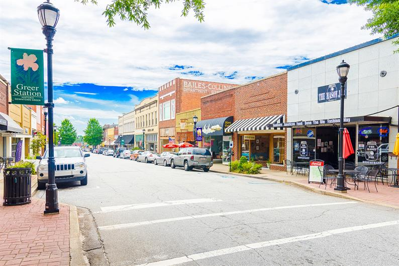 Enjoy food and shopping options in Downtown Greer