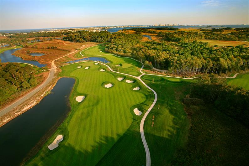 TEE OFF AT ONE OF MANY AWARD-WINNING GOLF COURSE