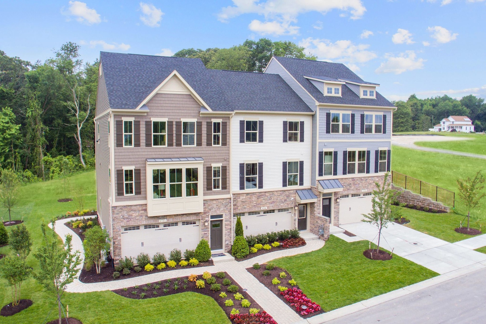 Luxury Townhomes In Robinson Spacious Open Home