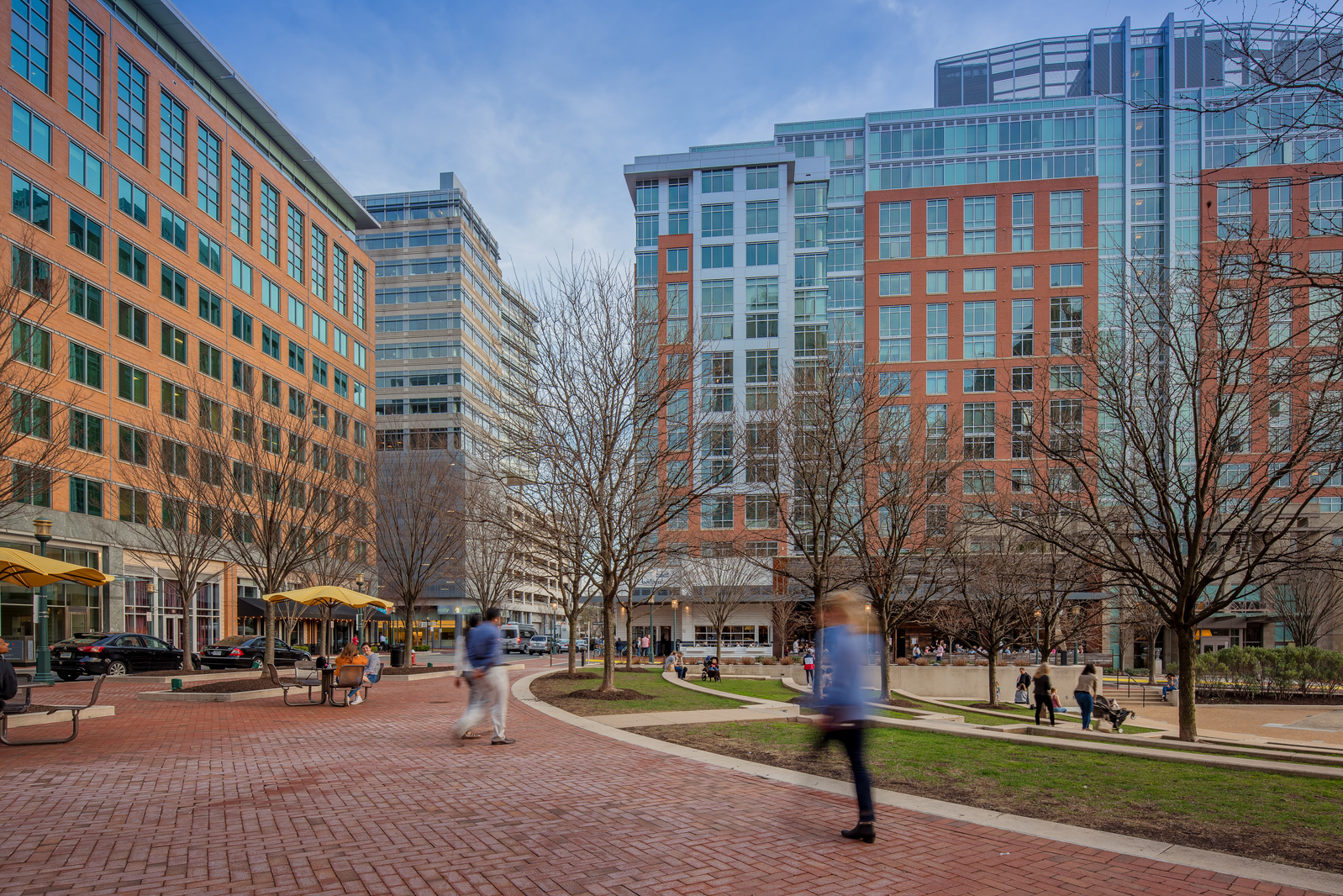 With easy access to the region's top employers, the Herndon-Reston neighborhood has incredible long-term value.