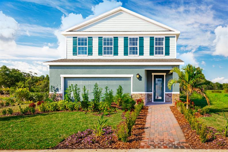 Welcome home to Lakewood in Deland, FL