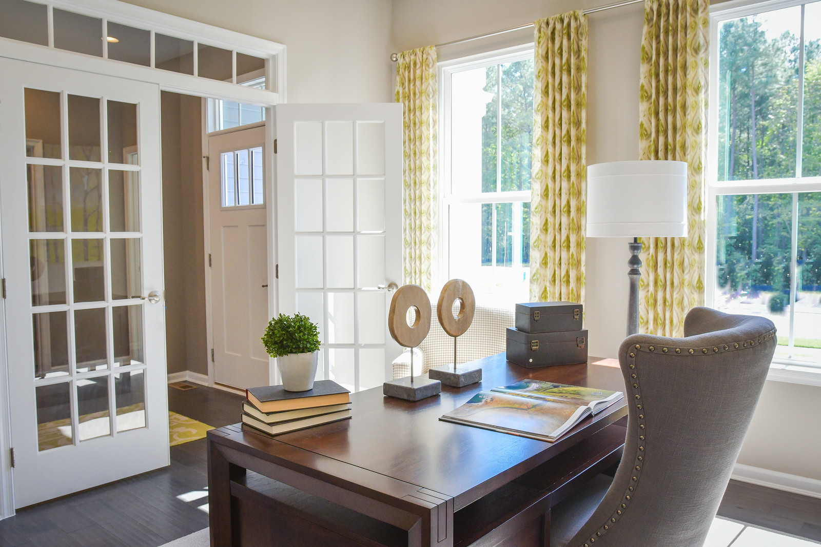 Want a home office, formal dining room or extra bedroom?  These villa home designs have flex spaces so you can customize how you want to use the space.
