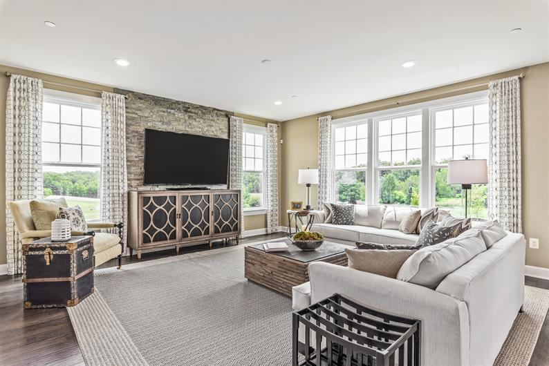 Formal and Informal Entertaining Options