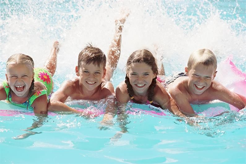 MAKE A SPLASH AT THE COMMUNITY POOL