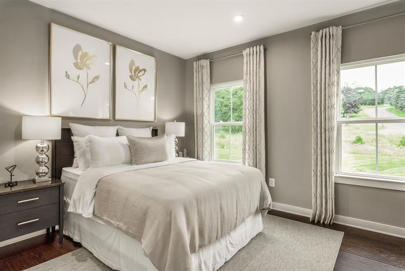 GREAT SIZED SECONDARY BEDROOMS