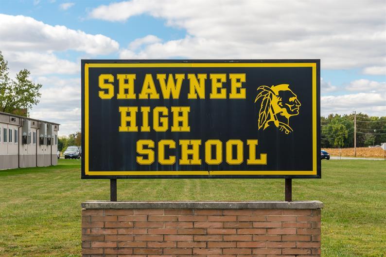 YOUR NEW HOME HAS DESIRABLE CLARK-SHAWNEE SCHOOLS